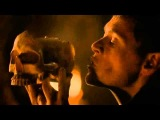 Game Of Thrones 4x04 Karl Tanner drinking from the skull of Jeor Mormont