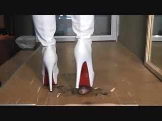 Dirty cock crush / foot fetish