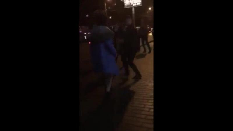 Голая тамара сосет у дворника видео 9