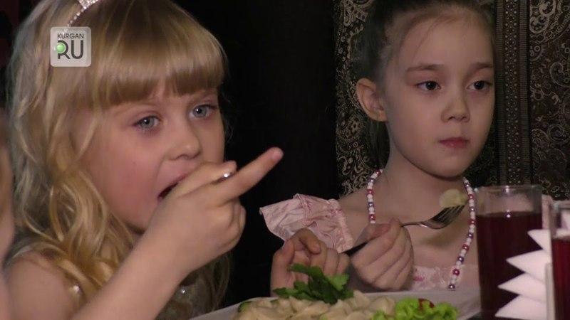Зачем участницы проекта «Топ-модель по-детски» принесли на съемочную площадку ложки и поварешки?
