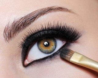 Вечерний макияж для зеленых глаз шаг за шагом