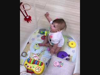 Рапунцель показала на видео подарки на 7 месяцев Василисы :)
