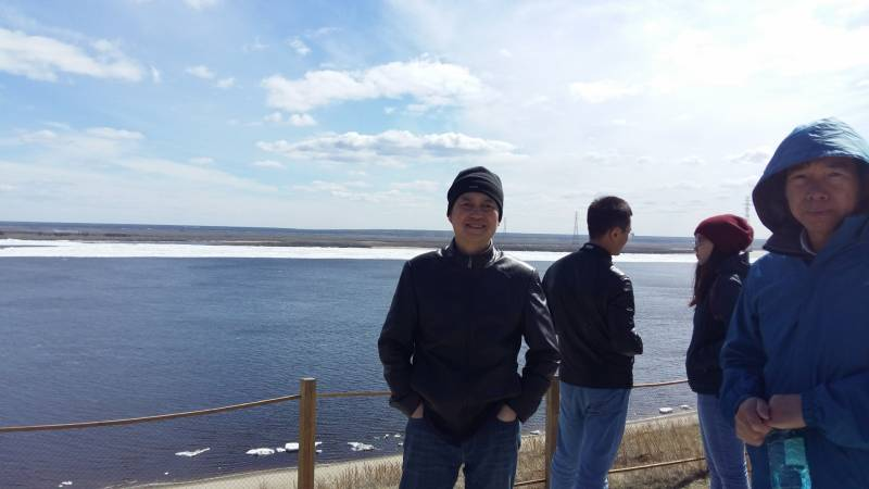 Китайцы, планирующие построить мост, не застали ледоход на Лене
