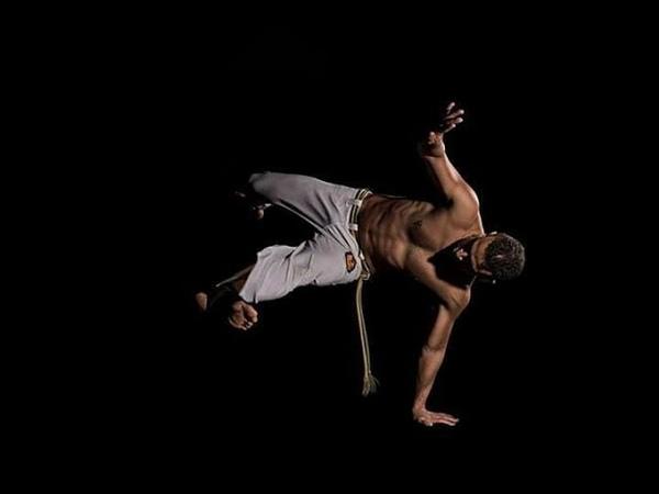 Professor Tartaruga (Axé Capoeira) e Mestre Sazuki (Candeias)