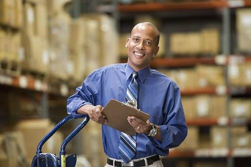 Обязанности.  Поддержание чистоты и порядка на складе.  Опыт работы приветствуется, но не обязателен.