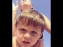 Полина Диброва с сыном Федей жгут под Вите надо выйти