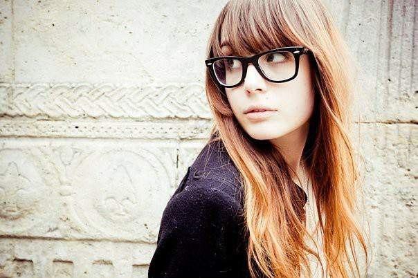 красивые девушки подростки на аву: