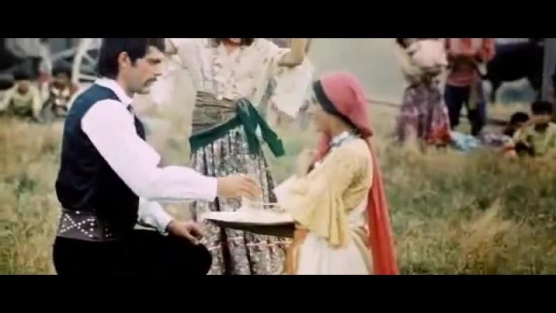 Табор уходит в небо Queen of the Gypsies Нане Цоха A Gypsy Song