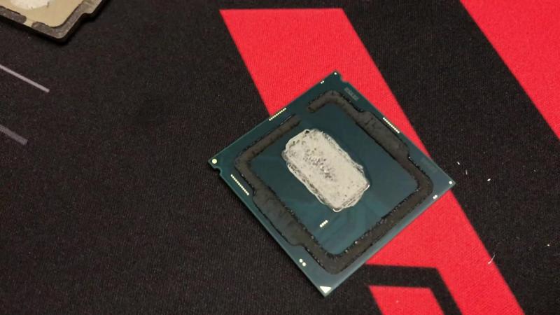 Intel Core i7-8086K скальпирование и разгон