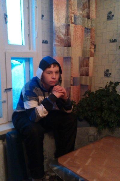 Паша Кузнецов, 5 апреля 1998, Алдан, id201920427