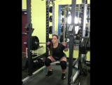 Аманда Лоуренс - присед 205 кг на 2
