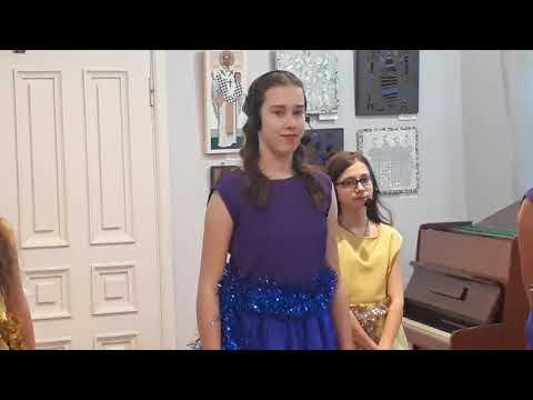 Концерт учащихся детской музыкальной школы №1 г Пятигорска в доме Алябьева 22 декабря 2018