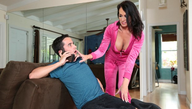 Brazzers - I'm A Total MILF!