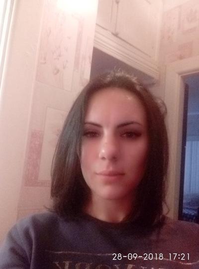 Галя Жуковская