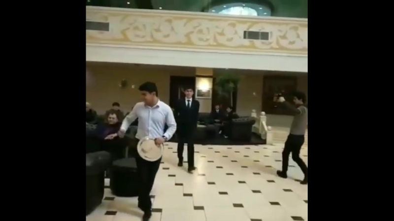 Акбар Курбонова наградили