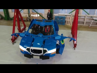 J-deite RIDE transforming from humanoid robot to vehicle.mp4