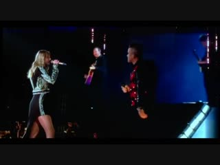Robbie Williams and Taylor Swift Angels #live at Wembley[1]