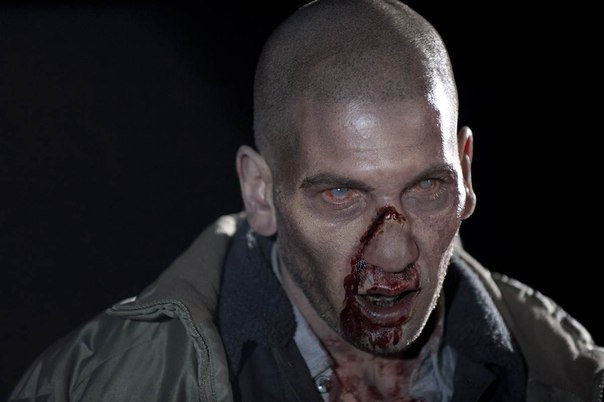 Человек перевоплотившийся в зомби после смерти