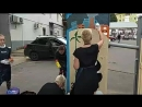 Волонтеры художники украшают город