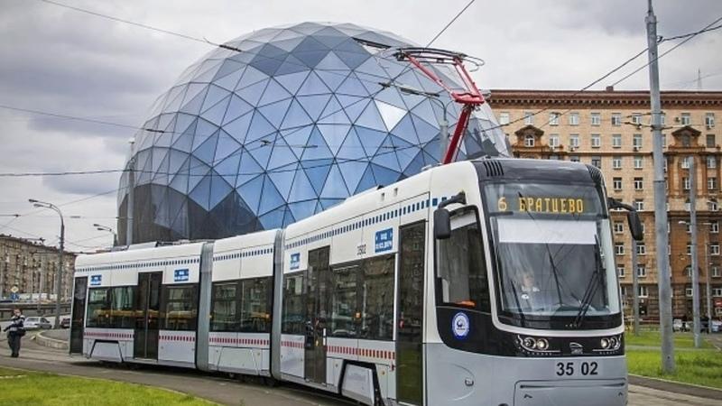 В Германии начались испытания первого беспилотного трамвая.
