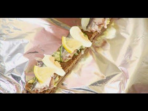 Подача сервировка бутербродов с килькой Мастер класс от шеф повара Илья Лазерсон