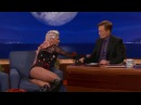 Kesha Sexy Upskirt Leg Show