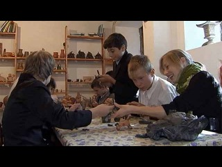 В Владивостоке детям с ограниченными возможностями помогают  забыть о недуге с помощью искусства - Первый канал