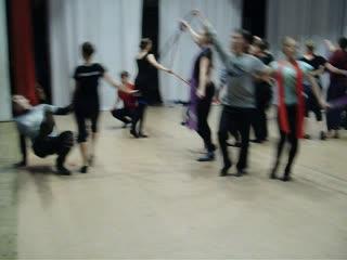 танец-репетиция на сцене ДМ.Пока учились было весело...