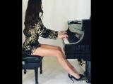 Lola Astanova играет Бетховен pathetique