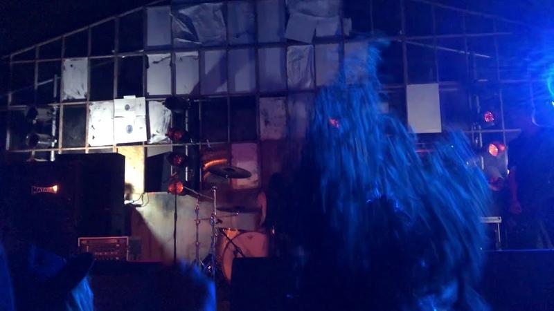 Max Cavalera Conan - Hate Songs in E Minor (Fudge Tunnel cover) Live at The Earache Factory