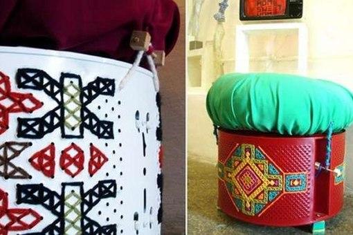 Из старого барабана от стиральной машины можно сделать удобный, оригинальный пуфик в этническом стиле.
