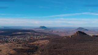 КМВ г.Лермонтов, гора Бештау и окрестности, с высоты птичьего полета.