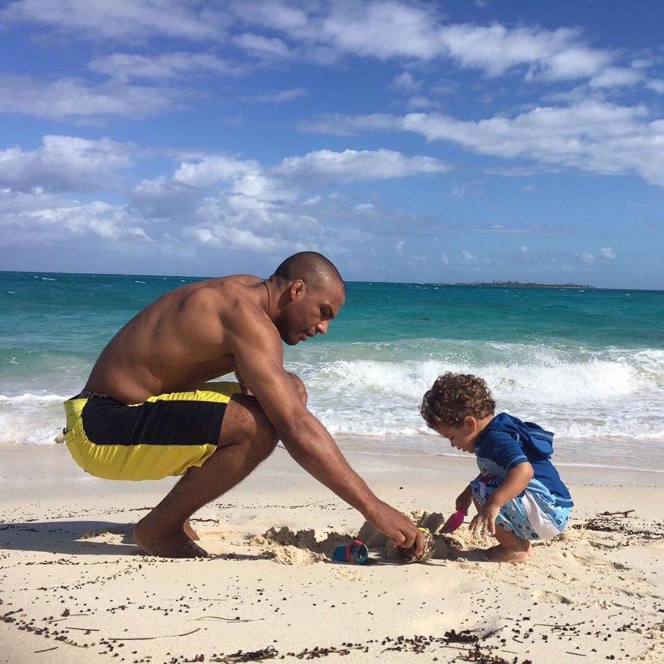 Эдсон  Барбоза  с сыном