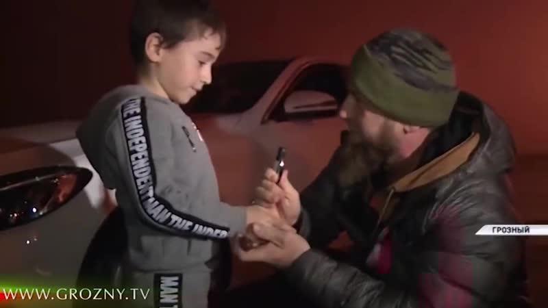 Рамзан Кадыров встретился с юным рекордсменом Рахимом Куриевым