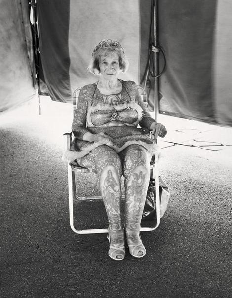 Серия портретов циркачей из американских бродячих цирков.1971-1981 г.