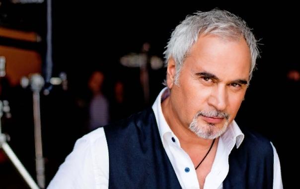 Валерий Меладзе Валерий Меладзе советский и российский певец, телеведущий и продюсер грузинского происхождения. Исполнитель является одним из самых популярных поп-певцов на постсоветском