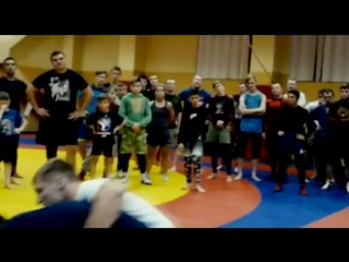 Мастер-класс бойца амурской федерации СБЕ ММА Александра Мережко на Камчатке