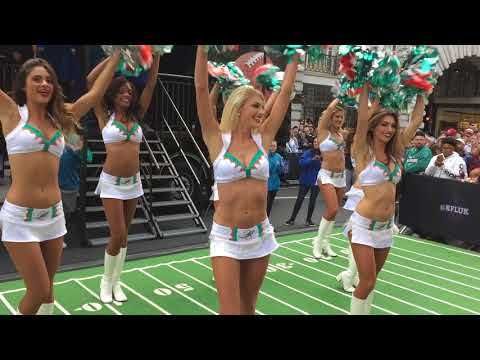 Miami Dolphins Cheerleaders Performing at NFL Regent Street Fan Event, Big Rig Location (30/9/17)