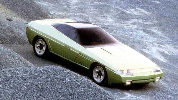 Необычные двери у концепт-кара Bertone Ramarro Концепт Ramarro был создан итальянской студией Bertone на базе легкового автомобиля Chevrolet Corvette (C4). Работы были проведены с целью рекламы