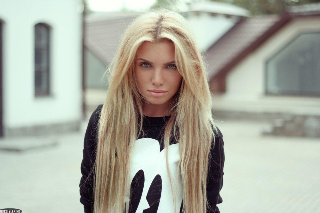 Фото худых блондинок с длинными волосами 15 фотография