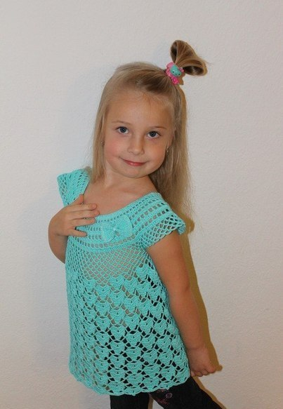 Туника для девочки крючком (4 фото) - картинка