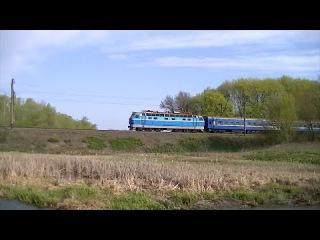 ЧС4-105 (КВР) с поездом 5 ''Украина'' Москва - Киев