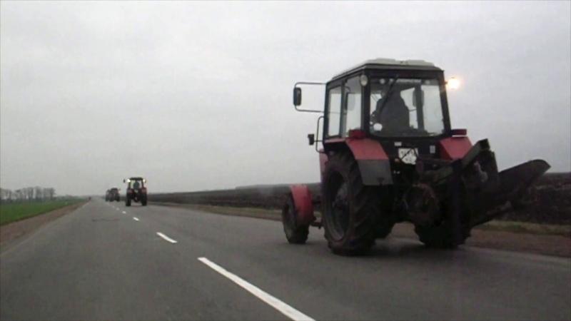 Самая длинная колонна Тракторов на трассе в Украине