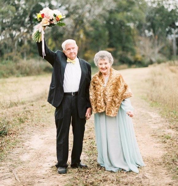 Фотосессия пары, которые прожили вместе больше полувека.