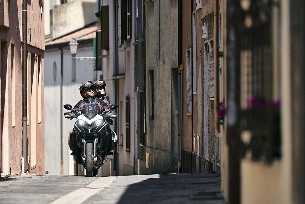 Мотоцикл Ducati Multistrada 950 S GP White 2021 (82 фото)