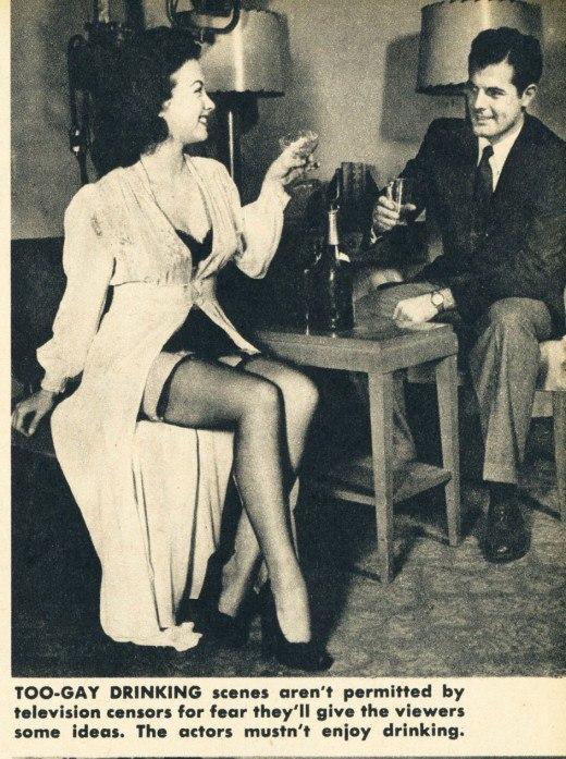 Телевизионные запреты в 1949 году слишком, демонстрация, «Слишком, допускается, героиня, телевидения, должны, женских, должна, только, телевизионных, следует, одежда, против, демонстрирующего, зрители, выступят, одежду, считают, «Излишняя