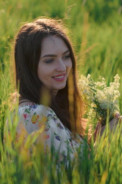 Юлия Добролович