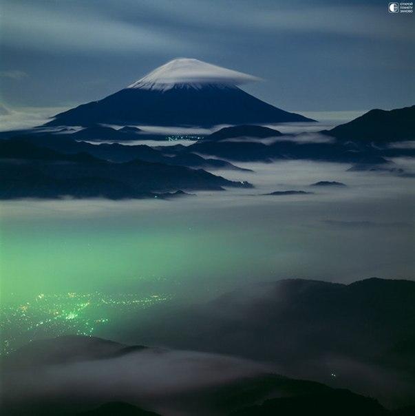 Священная гора Фудзи,Япония