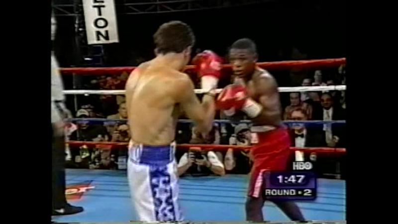 18 Floyd Mayweather vs Genaro Hernandez 1998 10 03