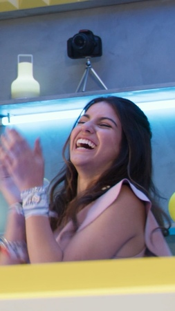 Disney Bia 🖤🌈 on Instagram Este lunes llega una nueva historia a DisneyChannel Lo mejor está por comenzar ¿estás list@ 🖤🌈 México 5PM Colombi